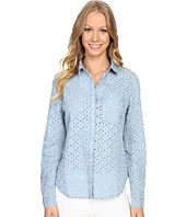 Dylan by True Grit - Peekaboo Chambray Stonewashed Denim Long Sleeve One-Pocket Shirt