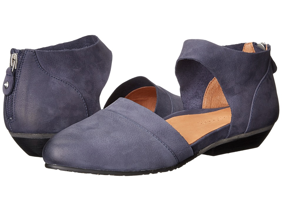 Gentle Souls Noreen (Navy Nubuck) Women