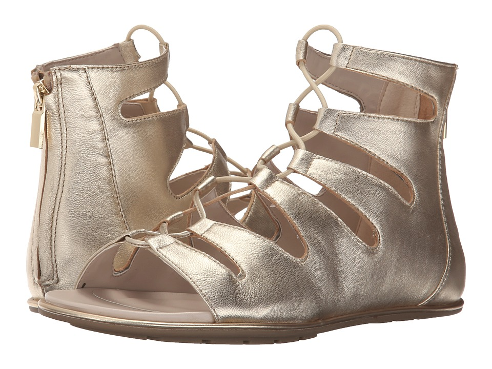 Kenneth Cole New York Ollie Platino Womens Sandals