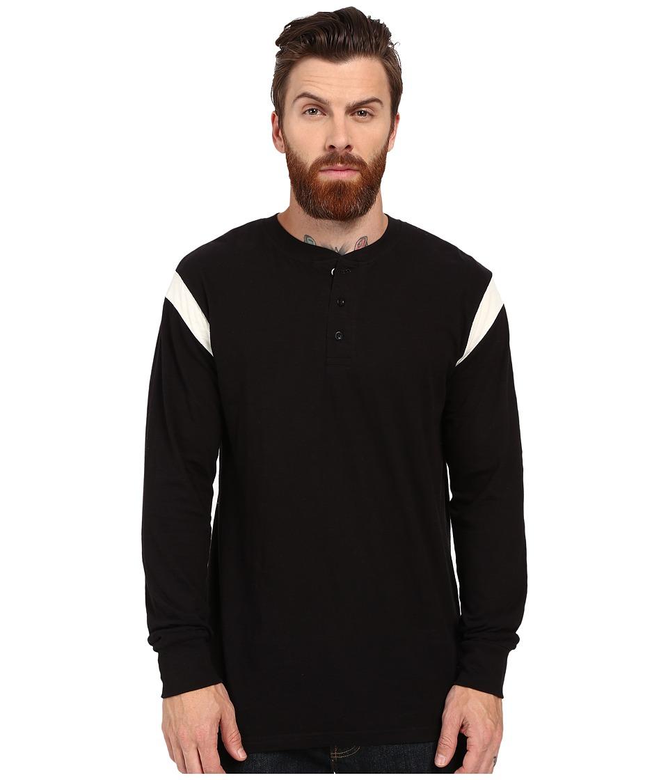 Akomplice Runner Long Sleeve Tee Black/White Mens T Shirt