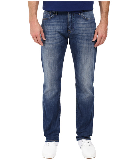Mavi Jeans Zach Classic Straight Leg in Mid Used Portland