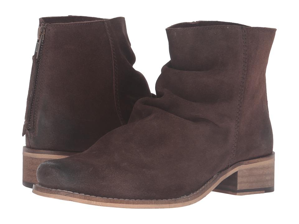 Ariat - Unbridled Sloan (Dark Brown Suede) Cowboy Boots