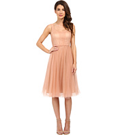 Donna Morgan - Chantal Scoop Neck Tulle Dress