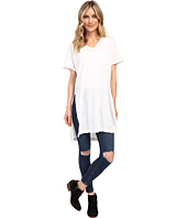 Culture Phit - Lucia Short Sleeve Top with Side Slit
