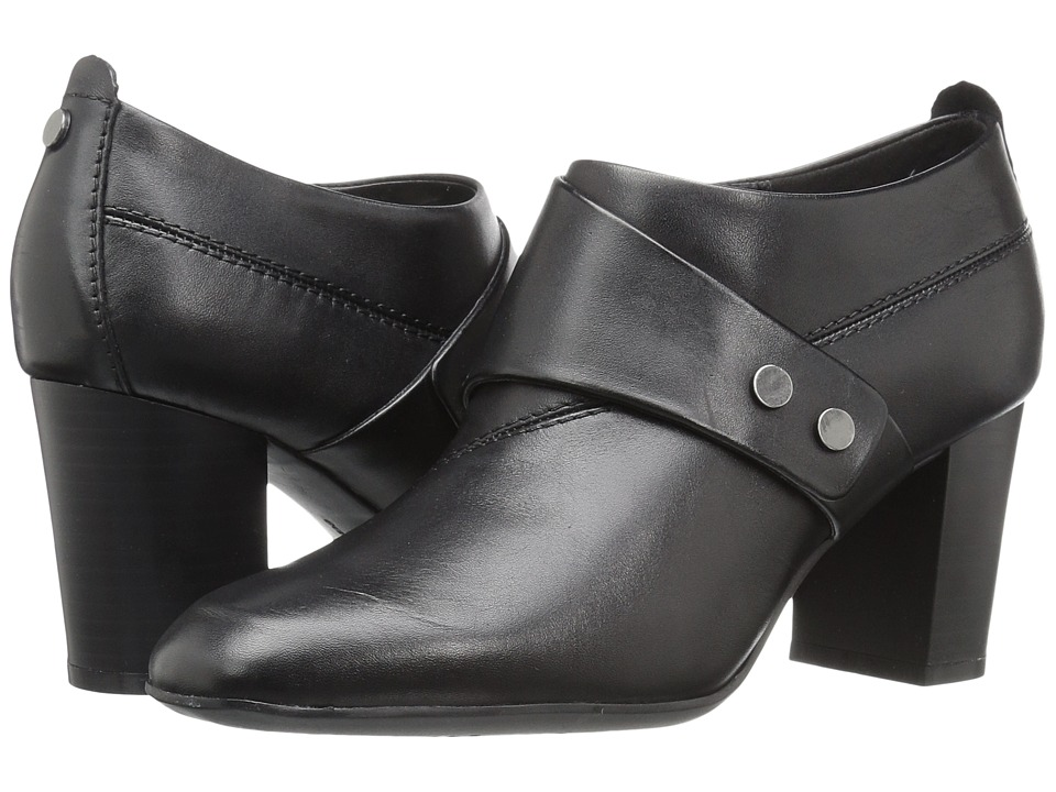 Easy Spirit Aldea (Black Leather) Women