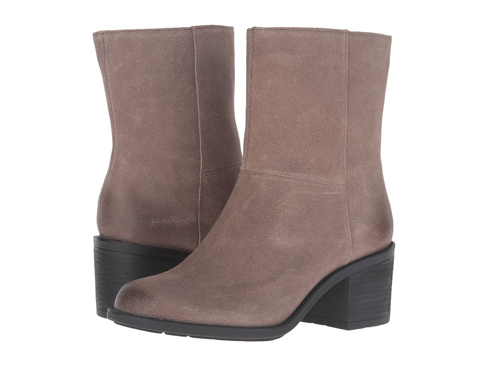 Easy Spirit - Ilsa (Dark Taupe Suede) Women