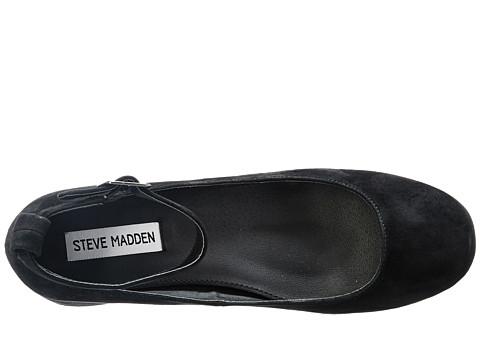 STEVE MADDEN Wails in Black Suede