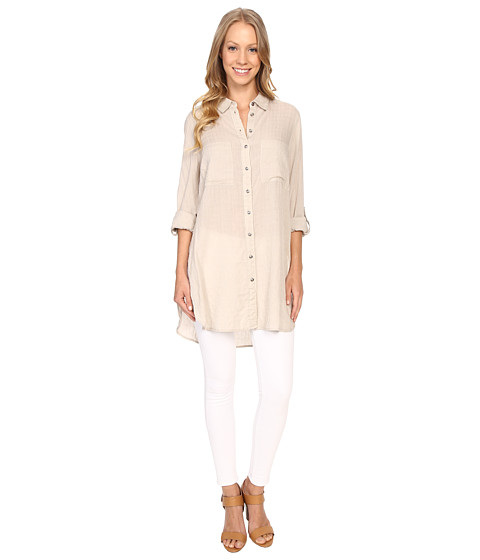KUT from the Kloth Taylor Button Down Tunic