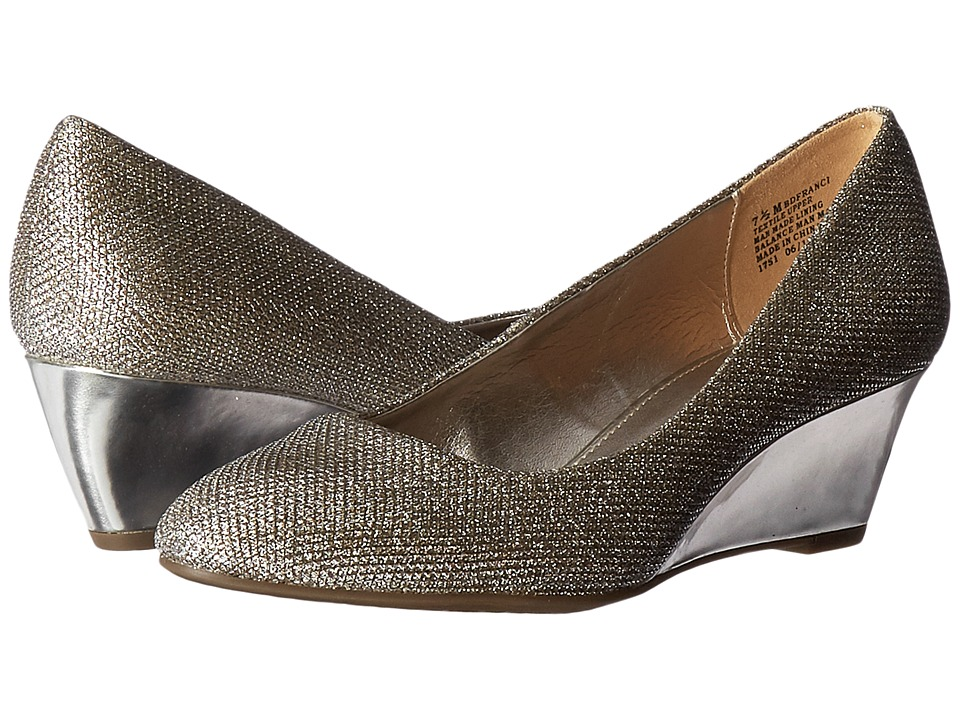 Bandolino - Franci (Gold Glamour) Womens Shoes