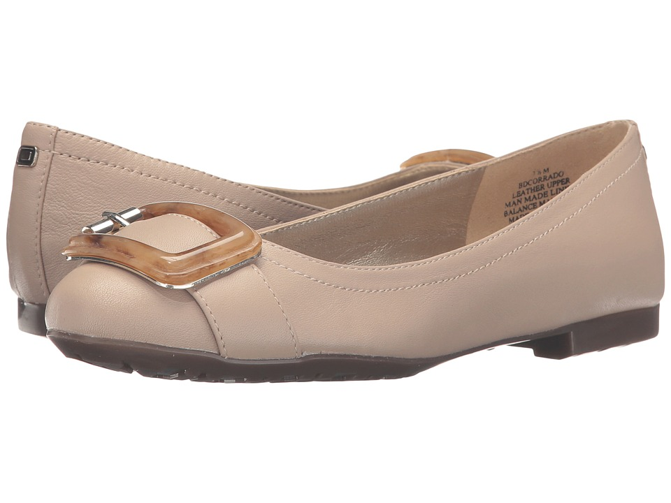 Bandolino - Corrado (Oyster Pearl Leather) Women