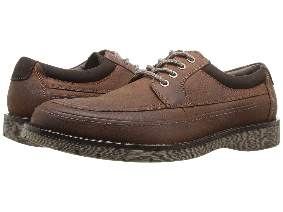 Dockers Eastview Moc Toe Oxford (Red Brown Oiled Tumbled Full Grain) Men