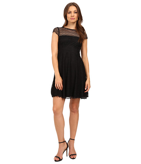 Jessica Simpson Lace Cap Sleev...