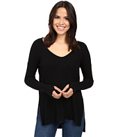 Michael Stars - Super Soft Madison Rib Long Sleeve Vee w/ Thumbholes