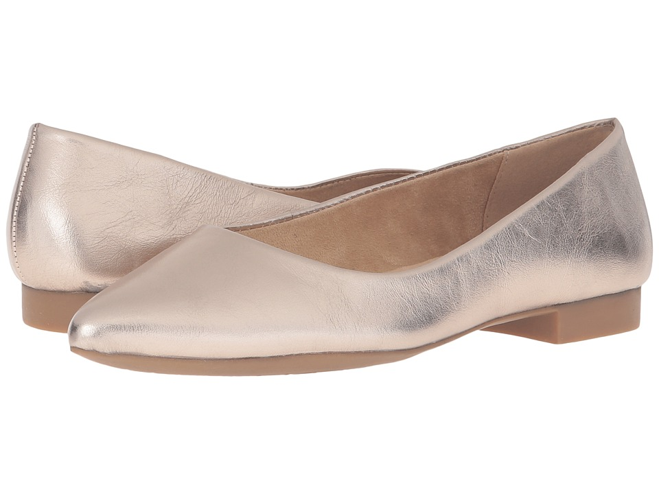 Bella-Vita - Vivien (Champagne) Womens Flat Shoes
