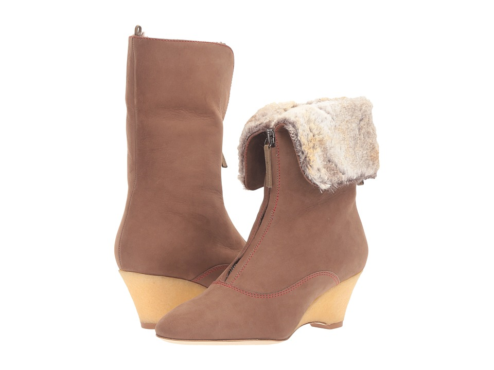 SJP by Sarah Jessica Parker Apres (Holden Brown Nubuck) Women