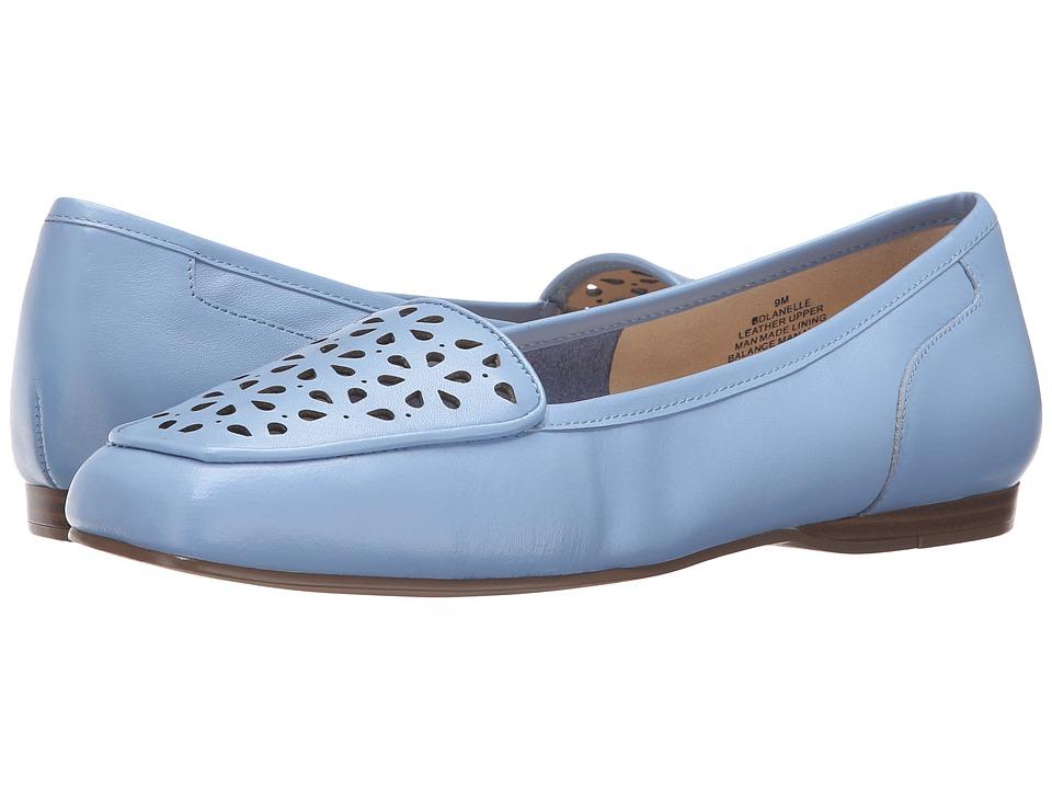Bandolino - Lanelle (Light Blue Leather) Women