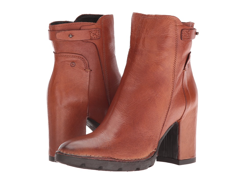 Summit by White Mountain Nollie (Whiskey Leather) Women