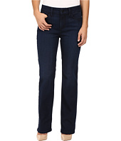 NYDJ Petite - Petite Marilyn Straight Jeans in Future Fit Denim in Paris Nights Wash