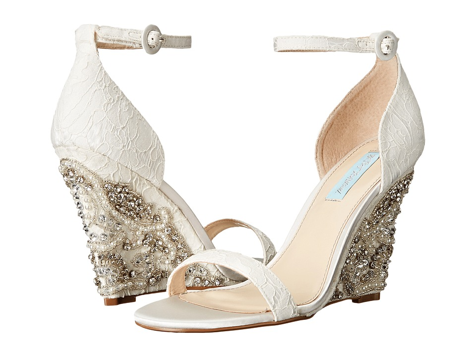 Blue by Betsey Johnson Alisa (Ivory) Women