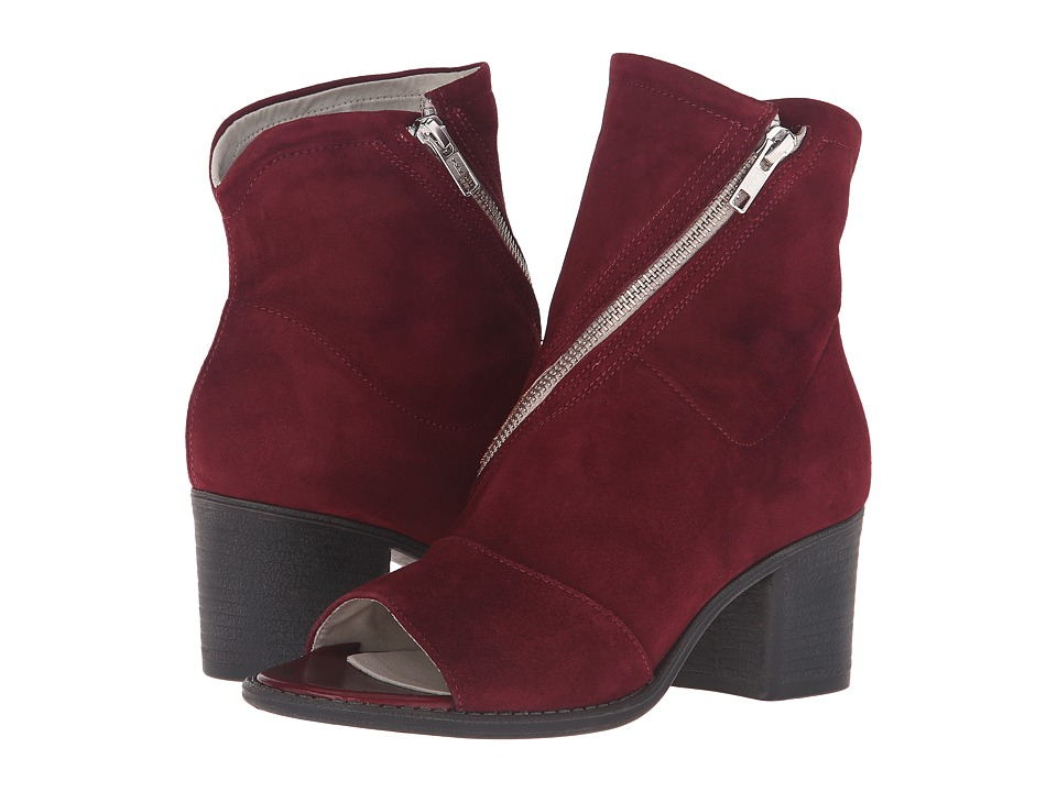 Summit by White Mountain Fantasia (Bordeaux Suede) High Heels