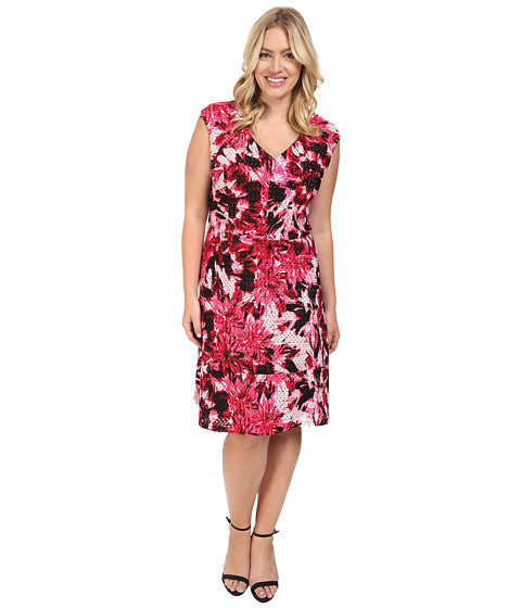 London Times - Plus Size Van Gogh Flower V-Neck Fit and Flare Dress (Soft White/Cherry) Women's Dress