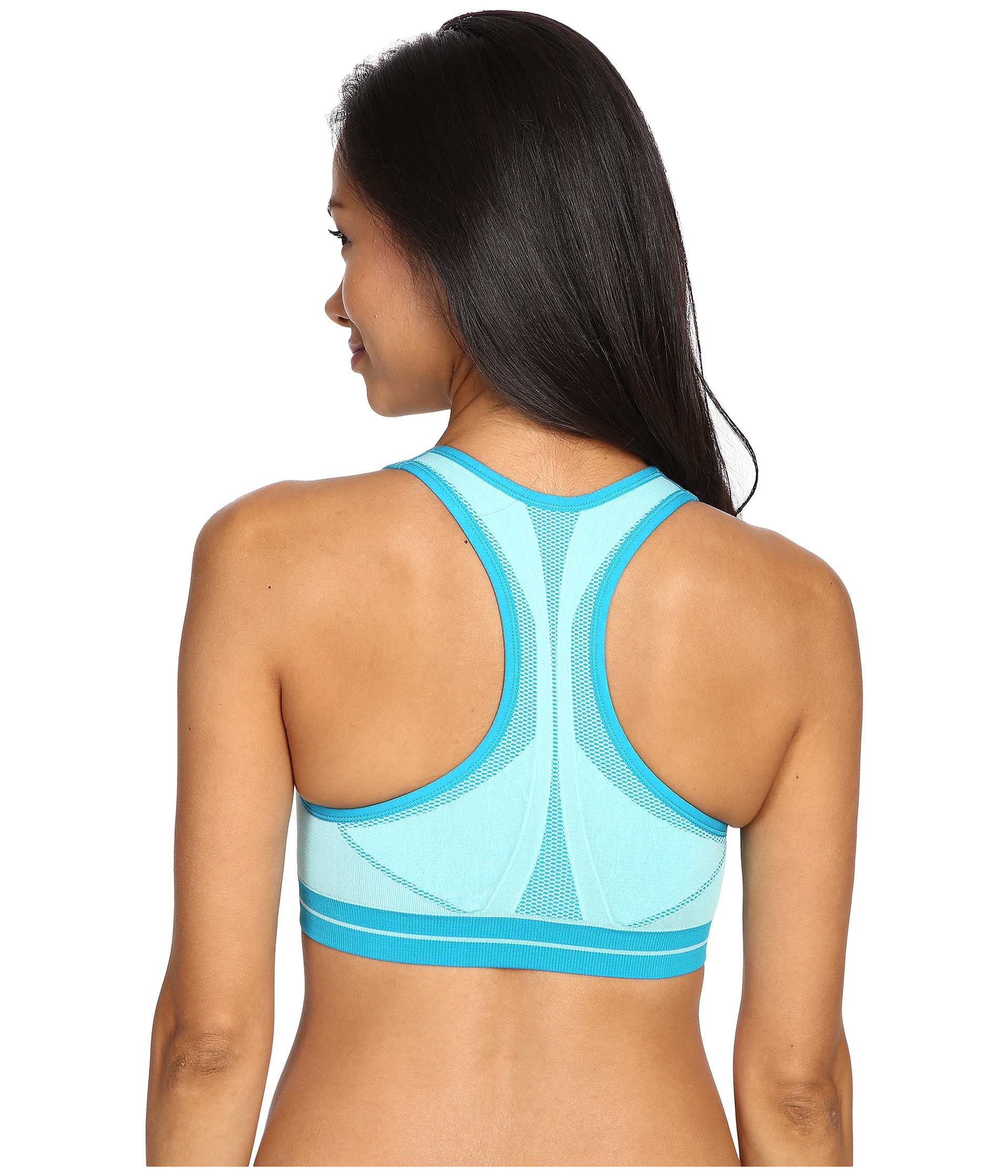 The Zensah Running Sports Bra provides ultimate comfort and performance through its innovative technology and proprietary Zensah Fabric. Sea,mless Sports bra. Seamless design to prevent chafing Moisture wicking and anti-odor Body mapped Racerback design Named One of Runner's World Best Bras for A-B Cups Made in the USA/5().