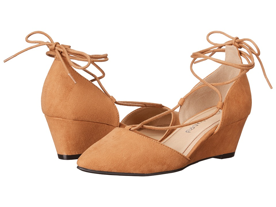 Dirty Laundry DL Trending (Caramel) Women