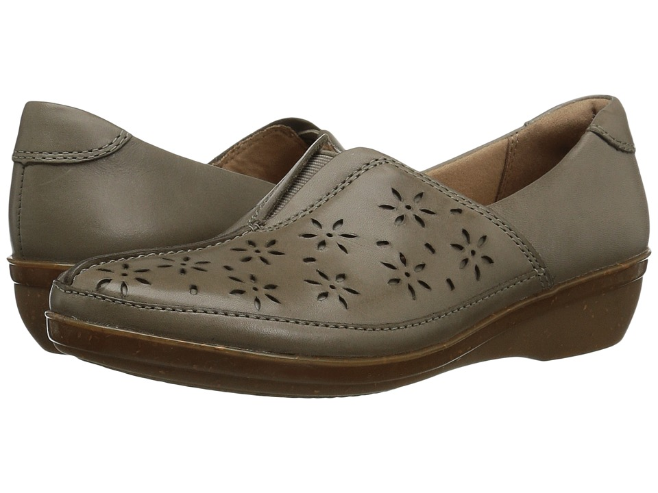 Clarks Everlay Dairyn (Sage Leather) Women's Shoes