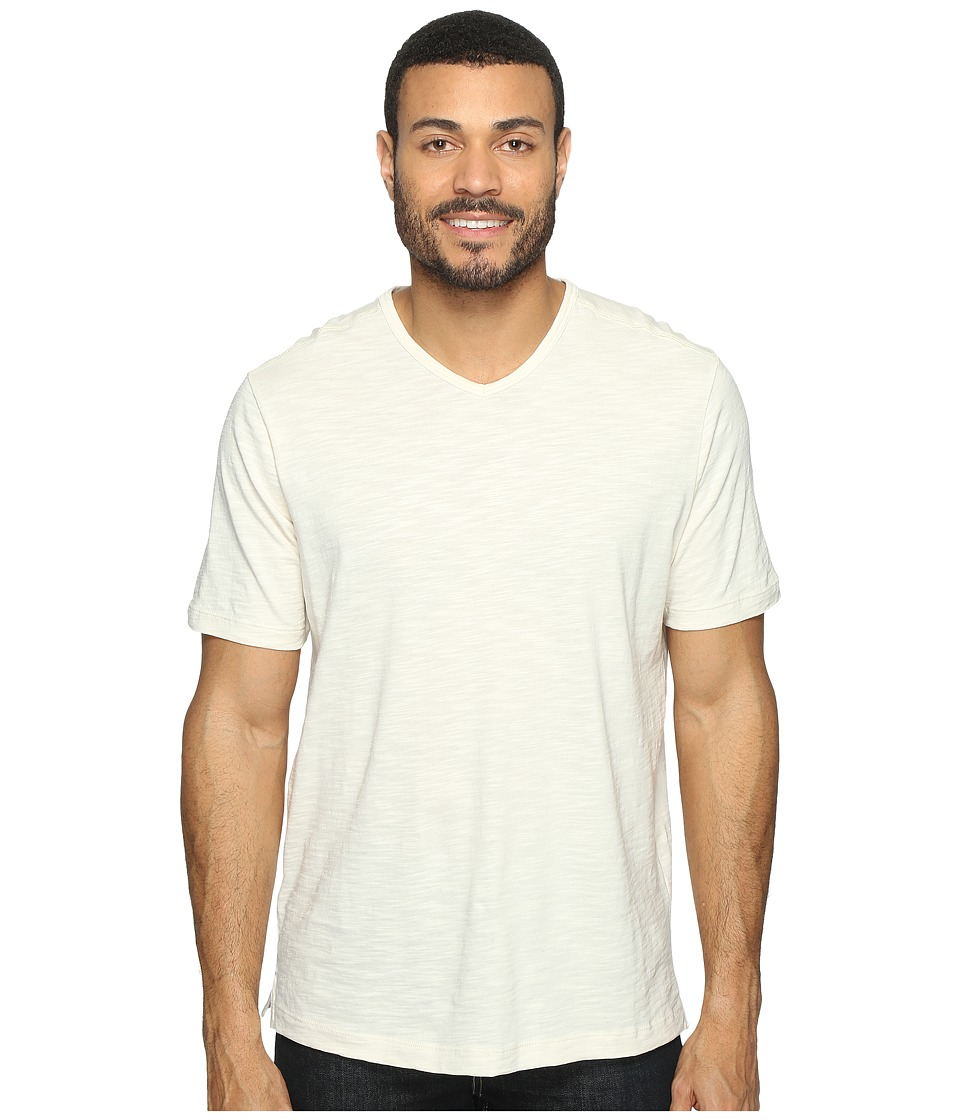 Tommy Bahama Portside Player V-Neck Tee (Coconut) Men's S...
