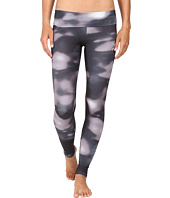 Onzie - Feathered Graphic Leggings