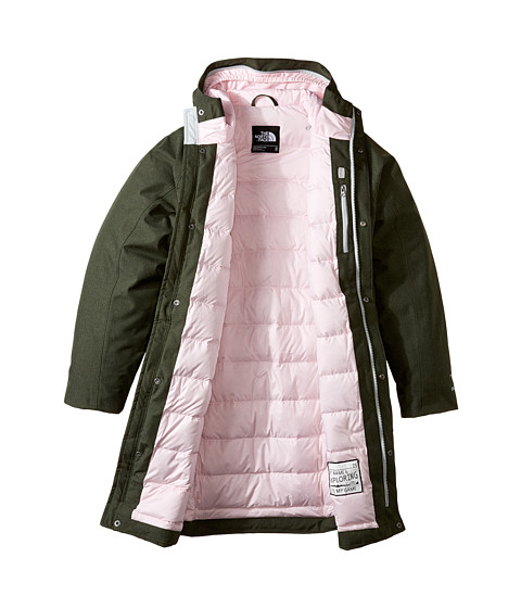 You can also custom design swim parkas to fit all your team and club needs. At Swim, you'll find an array of parkas from many of the top brand names. Pick from stock designed parkas, or customize a one for your club or team needs.