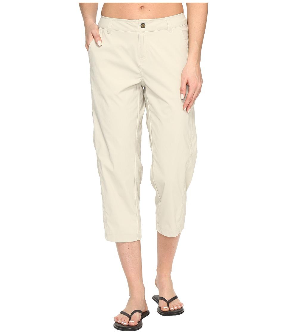 Royal Robbins Discovery Capri Pants (Sandstone) Women's C...