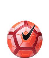 Nike - Strike