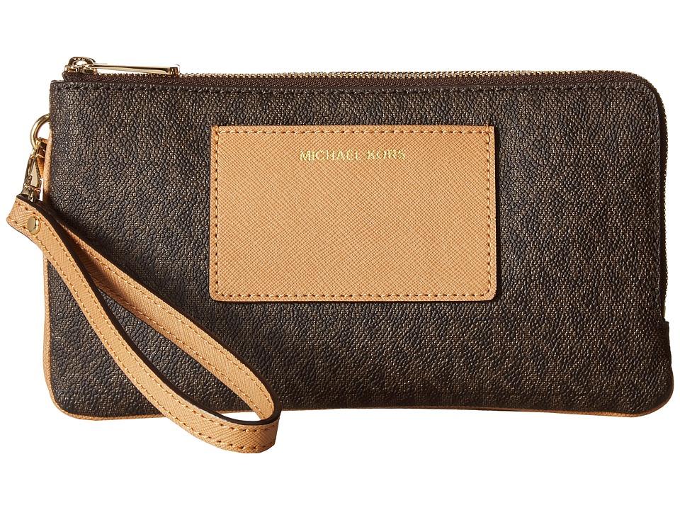MICHAEL Michael Kors - Bedford Lg Dbzp Wrstlt W/Pkt (Brown/Peanut) Wristlet Handbags