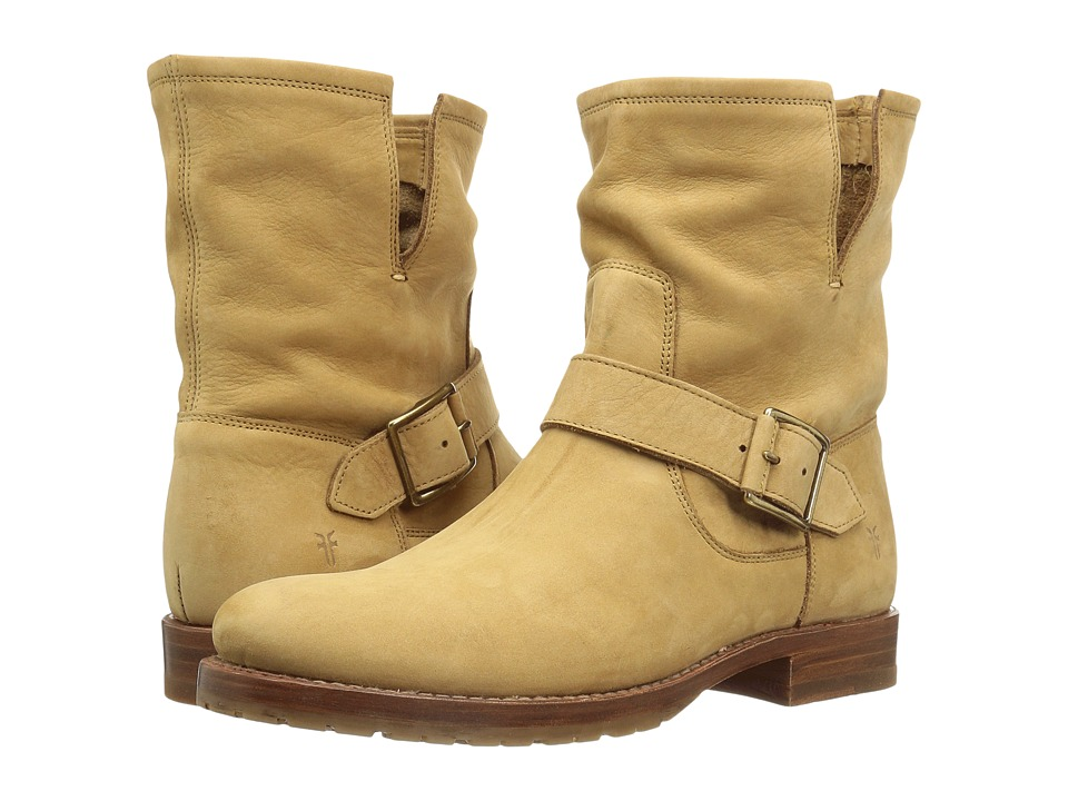Frye Natalie Short Engineer (Sand Soft Italian Nubuck) Women