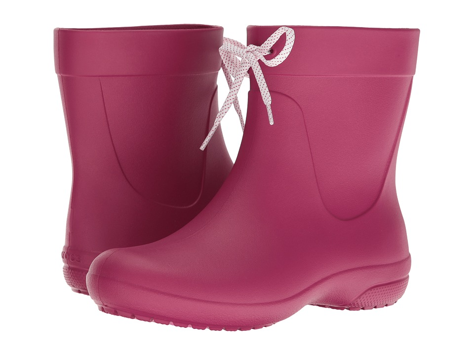Crocs Freesail Shorty Rain Boot (Berry) Women