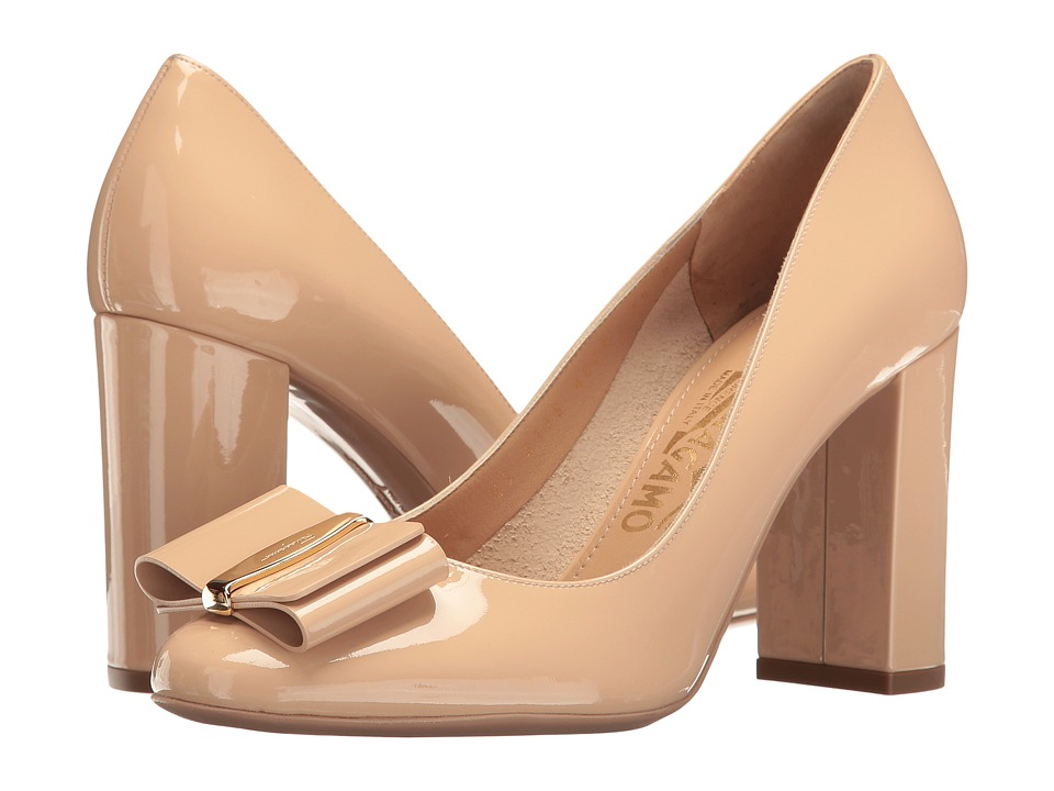 Salvatore Ferragamo Elinda 85 2 (New Bisque Naplak Pesan) High Heels