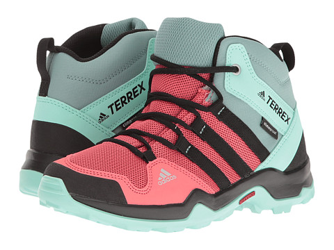adidas Outdoor Kids Terrex AX2R Mid CP (Little Kid/Big Kid)