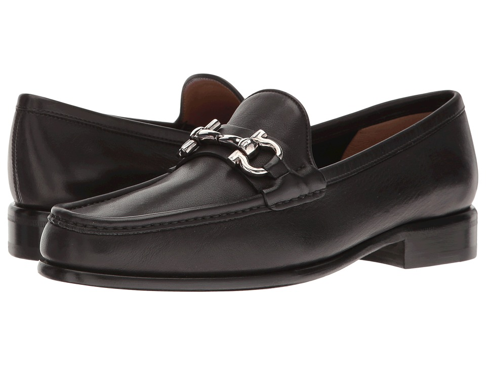 Salvatore Ferragamo Calfskin Loafer With Ganico Buckle (Nero Vitello Saddle Soft Leather) Women