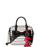 Betsey Johnson - Big Bow Tote w/ Heart Clip