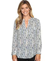 Lilla P - Long Sleeve Pocket Front V-Neck Top