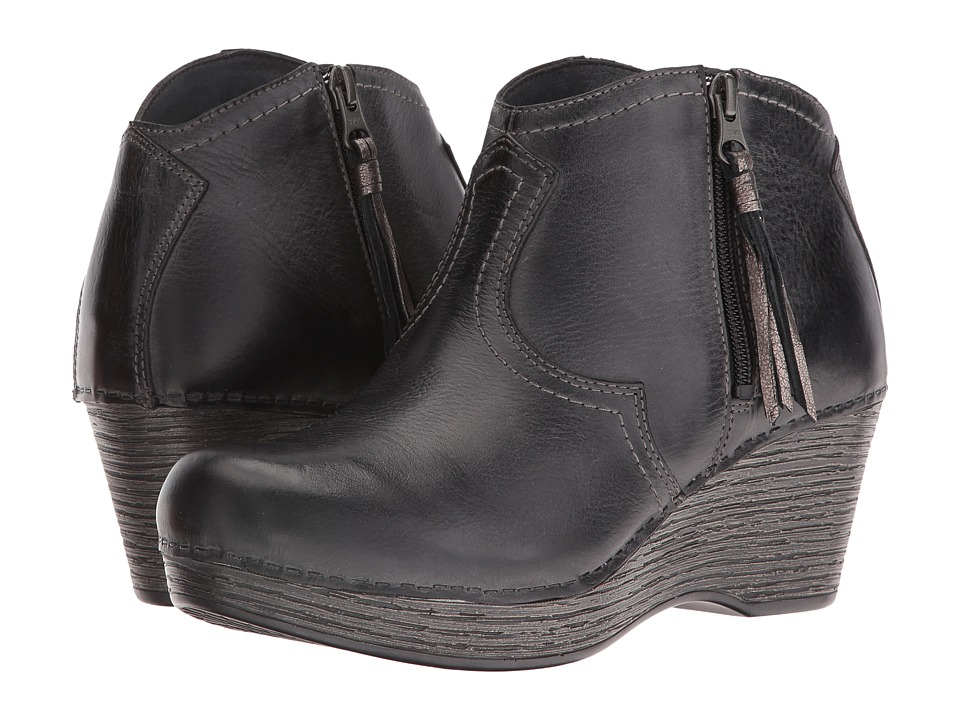 Dansko Veronica (Black Distressed) Women