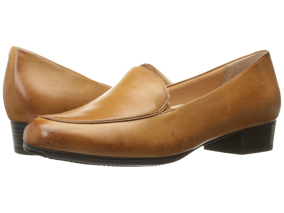 Trotters Monarch (Tan) Women's Shoes