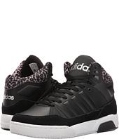 adidas - Play9Tis