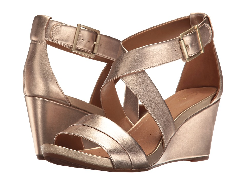 Clarks Acina Newport (Gold Leather) Women