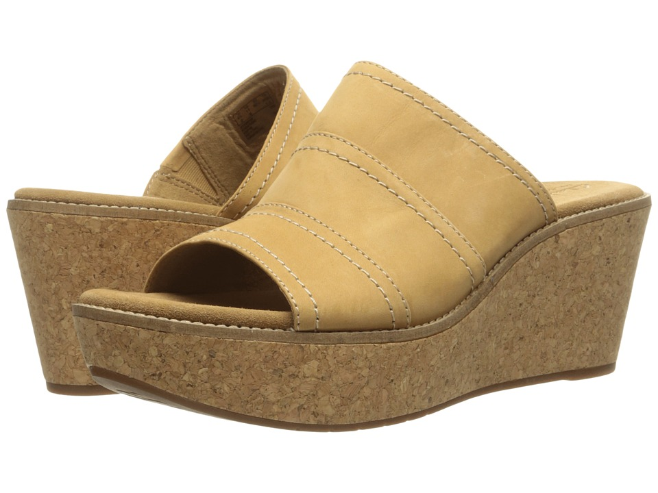 Clarks Aisley Lily (Light Tan Nubuck) Women