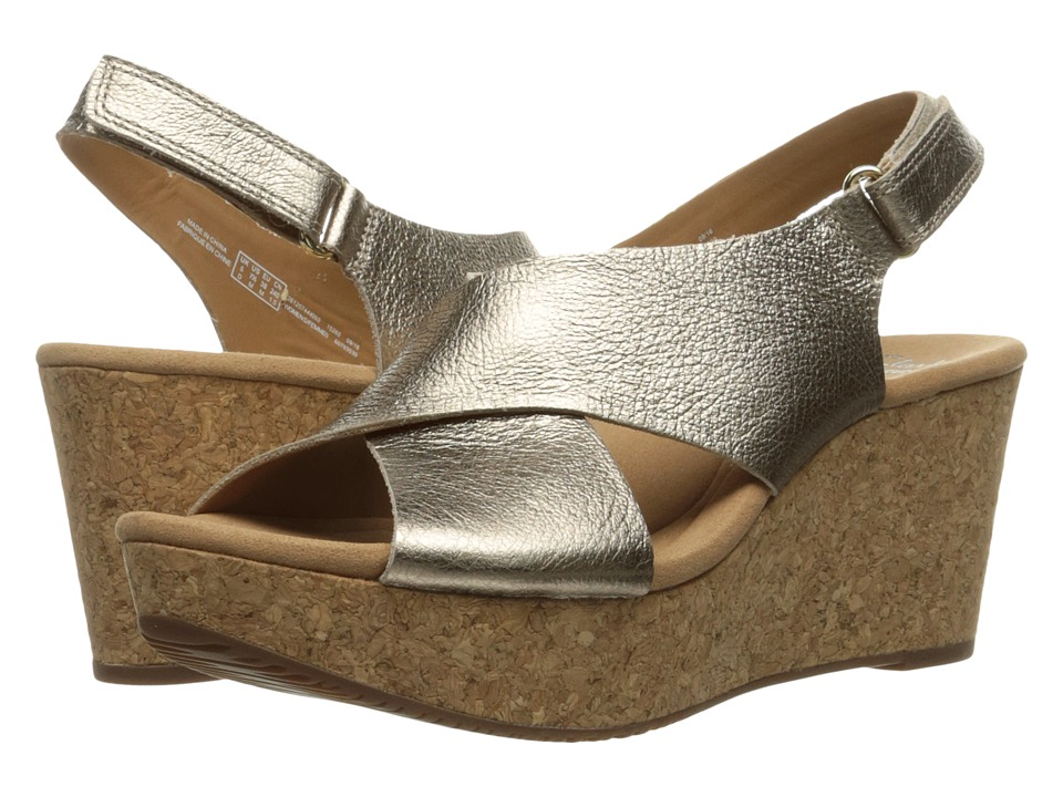 Clarks Annadel Eirwyn (Gold Metallic) Women's Sandals