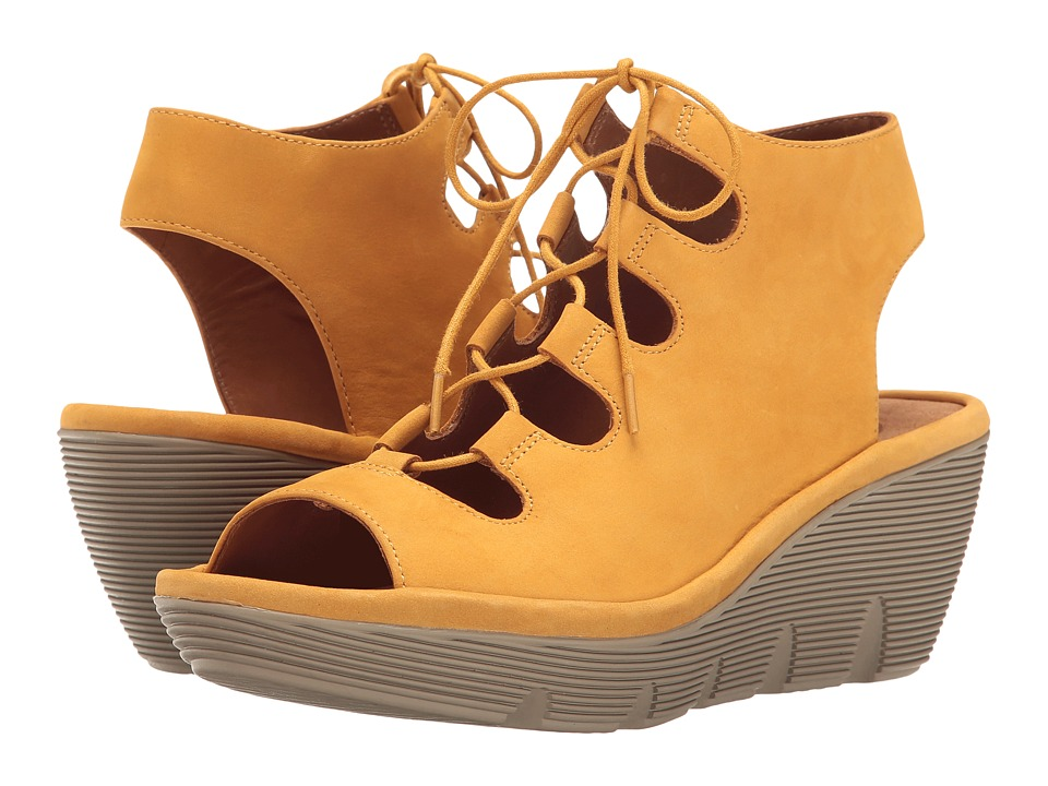 Clarks Clarene Grace (Yellow Nubuck) Women
