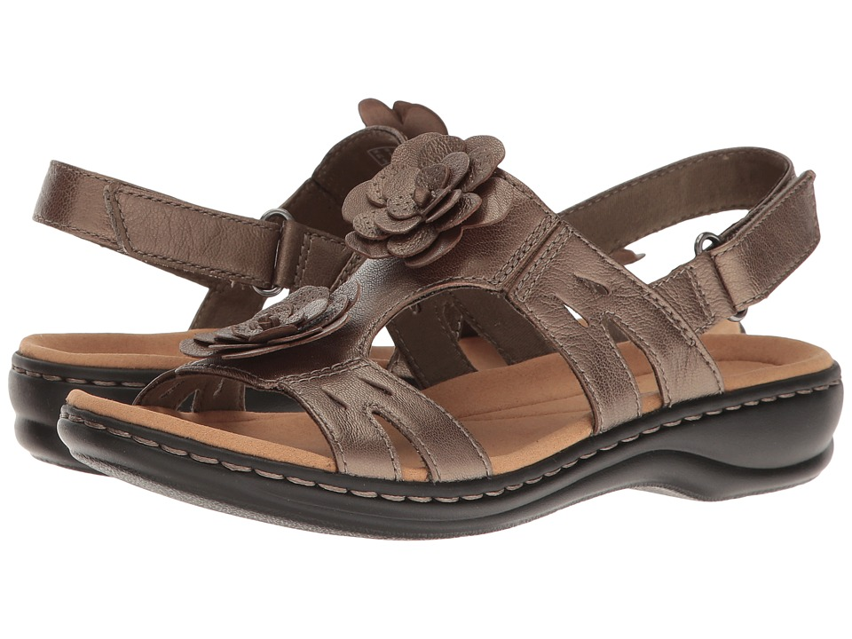 Clarks Leisa Claytin (Pewter Metallic Leather) Sandals