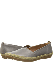 Clarks - Danelly Alanza